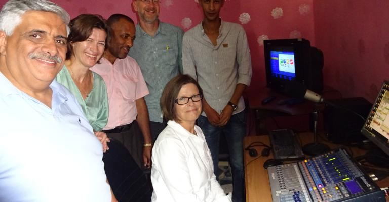 Swedish delegation visits Valley Radio station